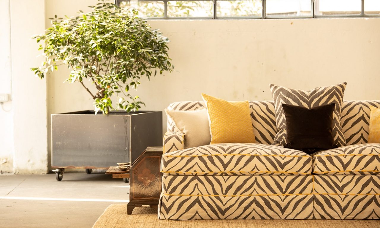 ROOTS Collection - sofa in new Pienza Okapi
